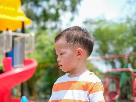 Ngày càng xuất hiện nhiều triệu chứng mất nước ở trẻ em